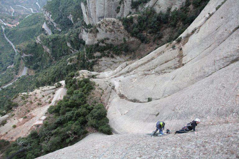 Montserrat, Provant la Vudú en lliure