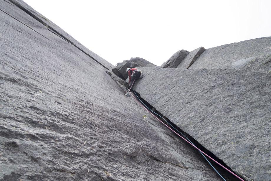 Stamprevtinden Climbing Lofoten Topo